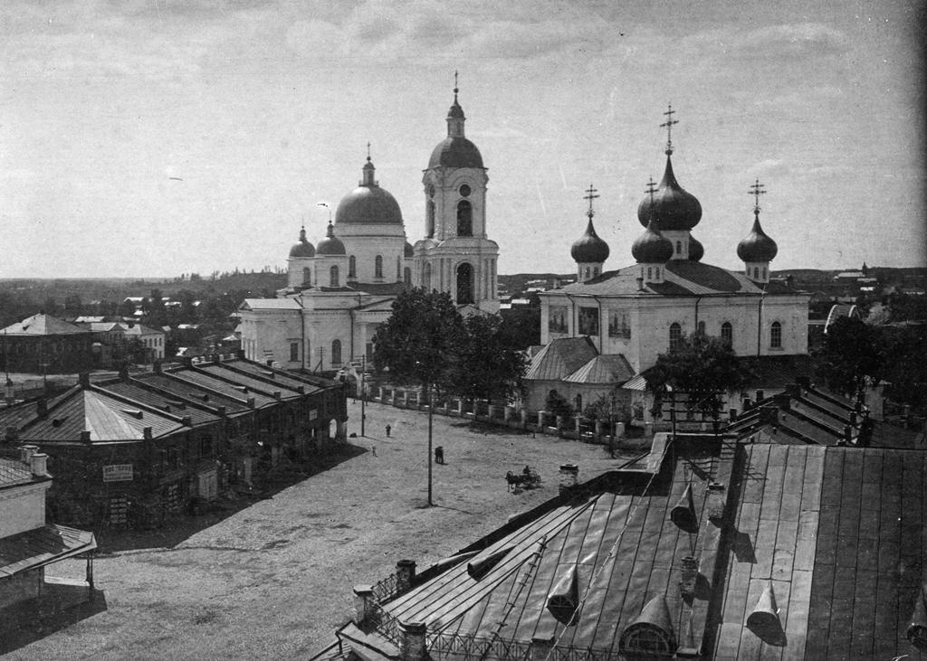 Троицкий и Введенский соборы